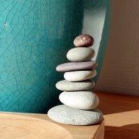Rock balancing : l'art de poser les pierres en équilibre...